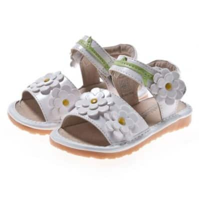 Little Blue Lamb - Krabbelschuhe Babyschuhe squeaky Leder - Mädchen | Weiße Sandalen 4 Blumen Zeremonie
