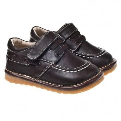 http://cdn1.chausson-de-bebe.com/205-thickbox_default/little-blue-lamb-squeaky-leather-toddler-boys-shoes-brown-boat.jpg
