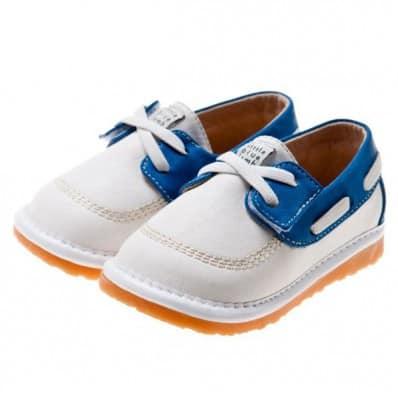 Little Blue Lamb - Chaussures à sifflet | Bateau blanches et bleues