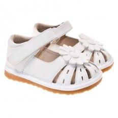 Little Blue Lamb - Chaussures à sifflet | Babies blanche ajourées