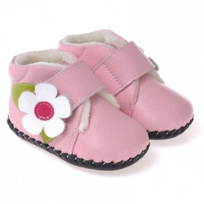CAROCH - Baby girls first steps soft leather shoes | Pink filled bootees white flower