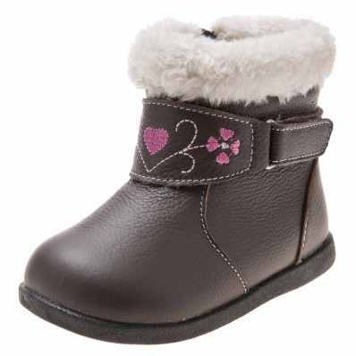 http://cdn1.chausson-de-bebe.com/3386-thickbox_default/little-blue-lamb-soft-sole-girls-toddler-kids-baby-shoes-brown-bootees-with-pink-heart.jpg