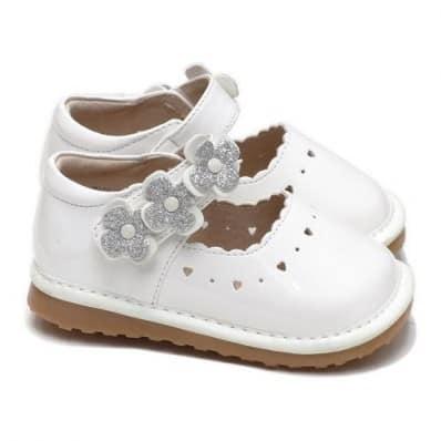 Little Blue Lamb - Krabbelschuhe Babyschuhe squeaky Leder - Mädchen | Weißes Blume Geld Zeremonie