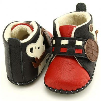 FREYCOO - Baby boys first steps soft leather shoes | Red filled bootees little dog