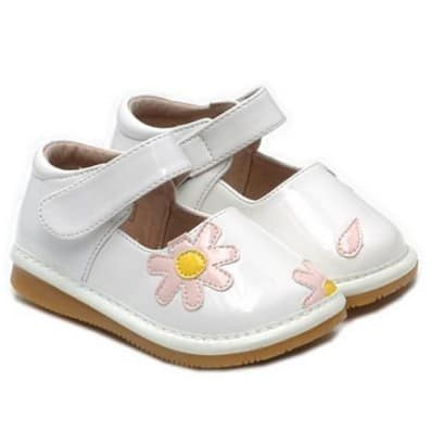 Little Blue Lamb - Squeaky Leather Toddler Girls Shoes | Pink flower white ceremony
