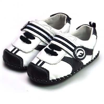 FREYCOO - Baby boys first steps soft leather shoes | White sneakers