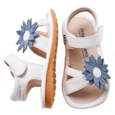Little Blue Lamb - Chaussures à sifflet | Sandales marguerite blanche bleu cérémonie