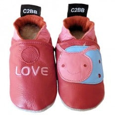 Chaussons bébé en cuir souple   Love