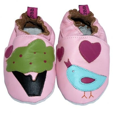 http://cdn3.chausson-de-bebe.com/607-thickbox_default/soft-leather-baby-shoes-girls-small-bird.jpg