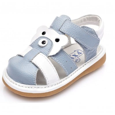 http://cdn2.chausson-de-bebe.com/7086-thickbox_default/yxy-squeaky-leather-toddler-boys-shoes-closed-blue-and-white-sandals.jpg