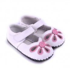 CAROCH - Baby girls first steps soft leather shoes | White pink sandals