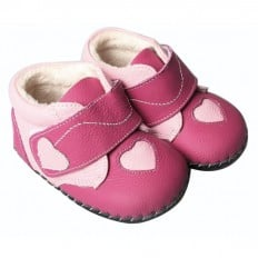 FREYCOO - Baby girls first steps soft leather shoes | Fushia pink heart